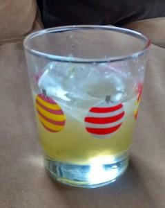 lemonade-aloe-martini